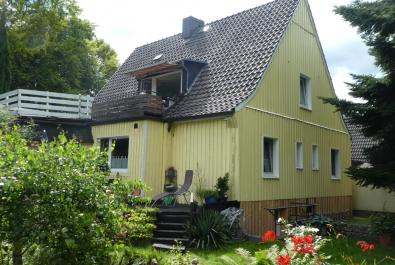 Vermietetes 2-Familienhaus in Hamburg-Fischbek  Keine zusätzliche Käuferprovision! Erbbaurecht!