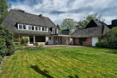 Geräumiges Einfamilienhaus auf einem Traumgrundstück in Bestlage von Bremen-St. Magnus