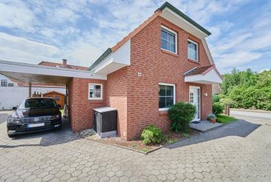 Attraktives Einfamilienhaus mit Carport in Lilienthal mit guter Anbindung nach Bremen